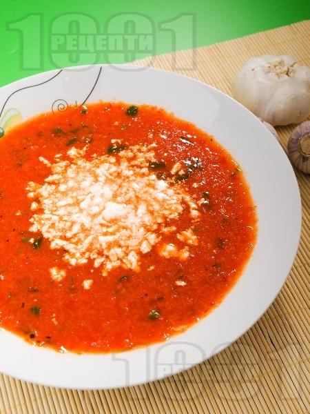 Вкусна супа от печени чушки - снимка на рецептата
